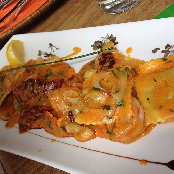Ricotta Spinach Ravioli With Smoked Shrimp @ Mala Garden