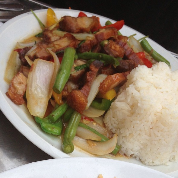 Pan Fried Pork with Vegetables @ Thai Isaan Kitchen