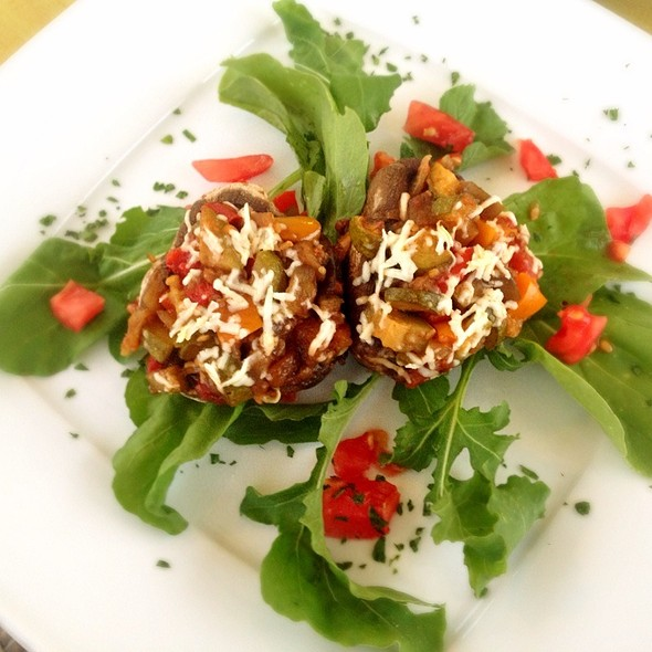 Stuffed Mushrooms With Mediterranean Vegetables @ Trilogia