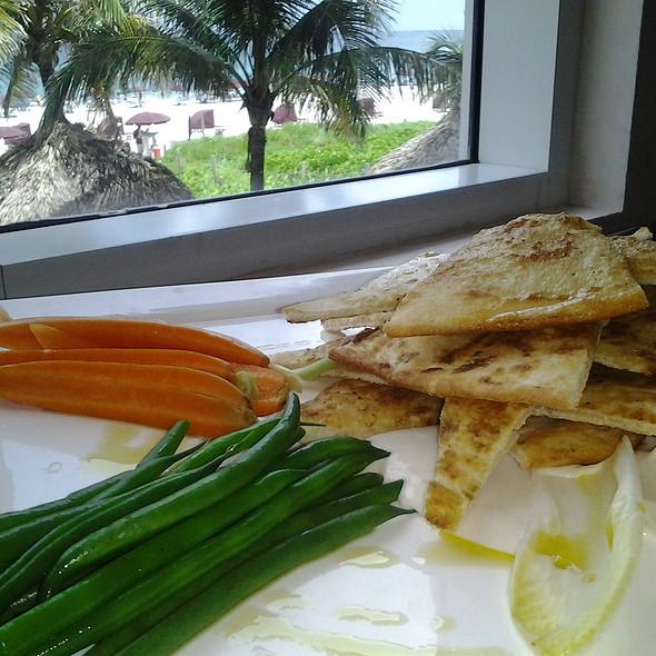 Hummus Plate - 3800 Ocean, Singer Island, FL