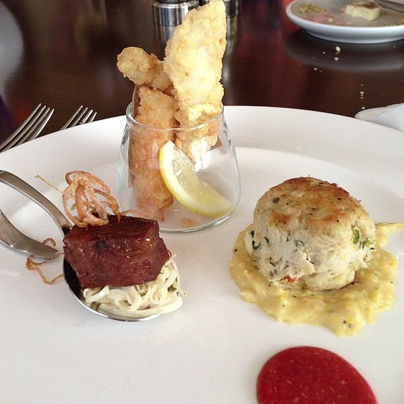 Appetizer trio! @hyattclearwater @shorclearwater @ SHOR American Seafood Grill