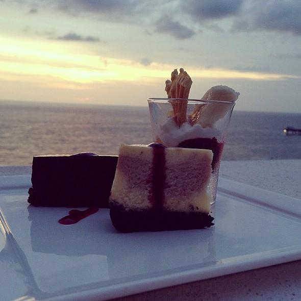 Desserts at @vspc @hyattregencyclearwater @dinetampabay @ Hyatt Regency Clearwater Beach Resort and Spa