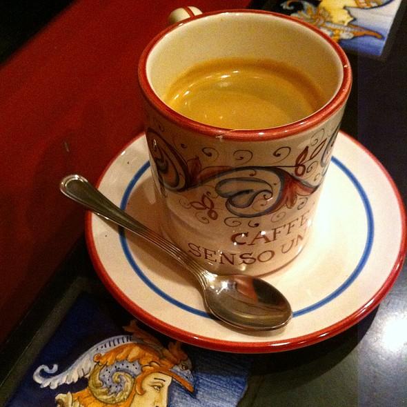 Americano @ Caffe Senso Unico
