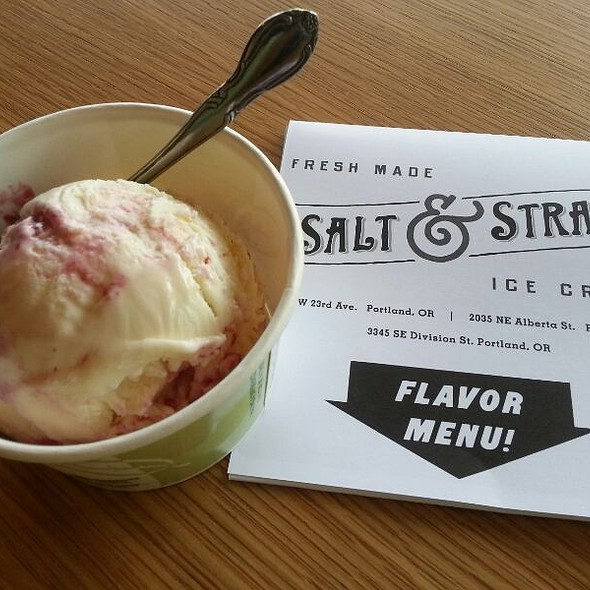 Goat Cheese Marionberry Habanero Ice Cream @ Salt & Straw