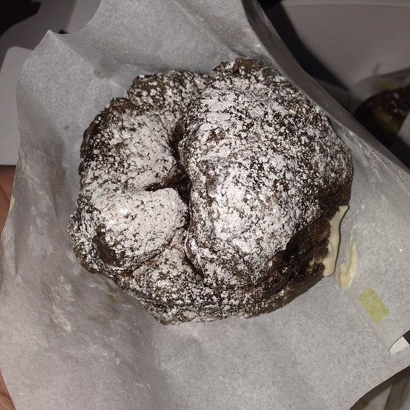 Cocoa Puff @ Beard Papa's Sweets Cafe