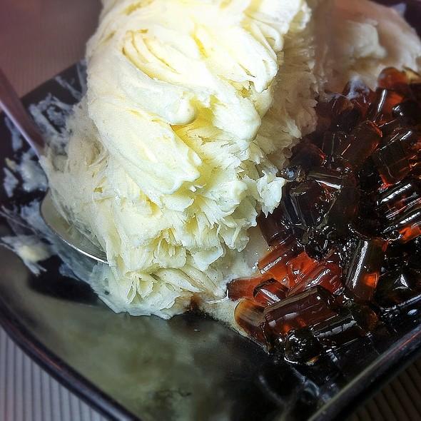 Tofu Taiwanese Snow Ice @ 千口甘 Nice Dessert