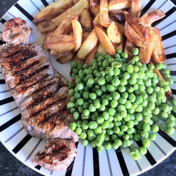 Steak & Chips @ Louise's Lovely Larder