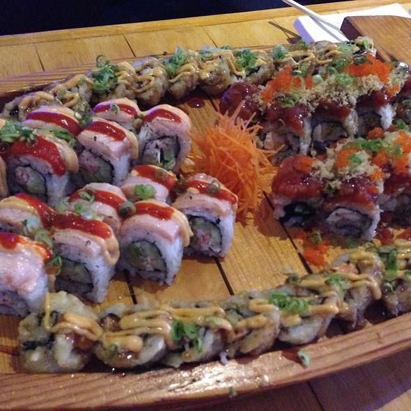 Sushi Boat @ Sushi Wave