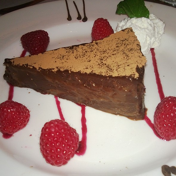 The capital grille flourless chocolate cake