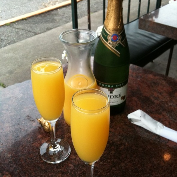 Mimosa @ White Wolf Cafe