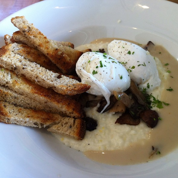 Poached Eggs and Grits @ The General Muir