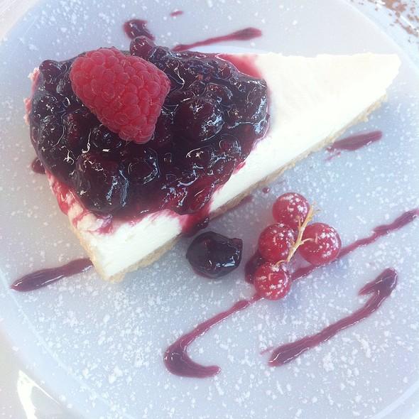 Cheesecake Com Frutos Vermelhos @ Darwin´s Café