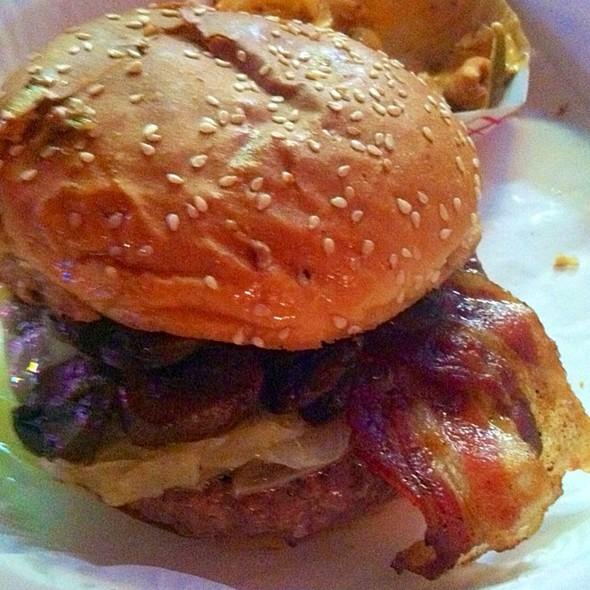 Flea Market Burger