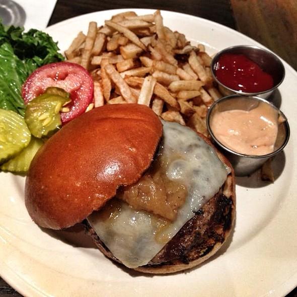 Grafton Burger - Grafton Street Pub and Grill, Cambridge, MA