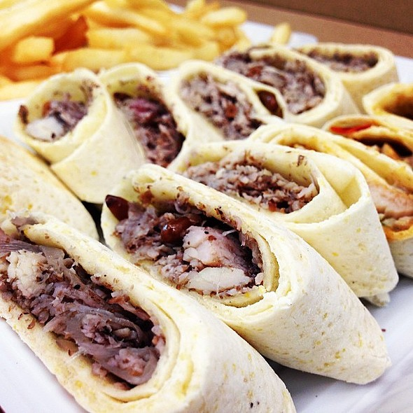 Saj platter @manousheq8 thank you for this delicious meal @ salmiya block 3
