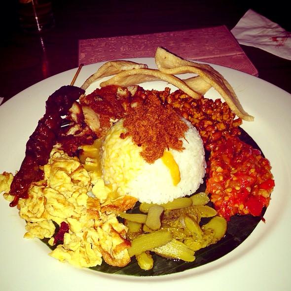 Nasi Campur Bali @ Cork & Screw