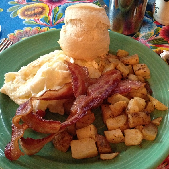 Bacon and Eggs Breakfast @ Flying Biscuit Cafe