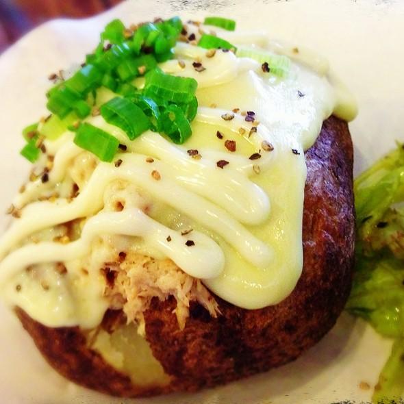 Baked Potato With Tuna & Cheese @ Wondermilk shop + café