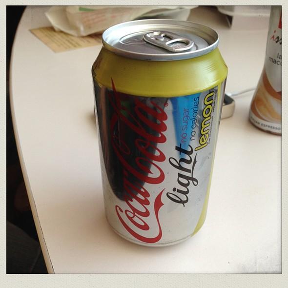 Coca Cola Light Lemon @ Carrefour Express Brugge