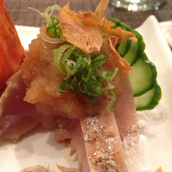 Bonito Sashimi With Fried Garlic And Daikon