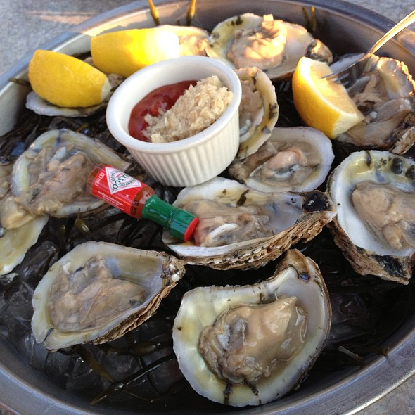 Oysters - Sunset Cove, Tarrytown, NY