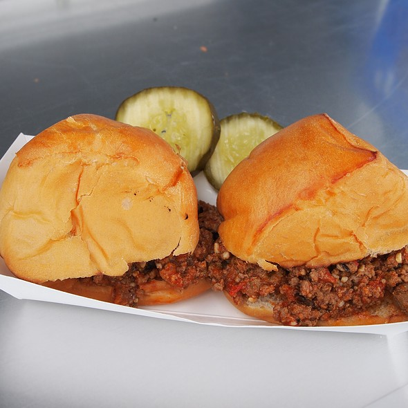 Sloppy Joe Sliders @ Lucky Girl Cafe