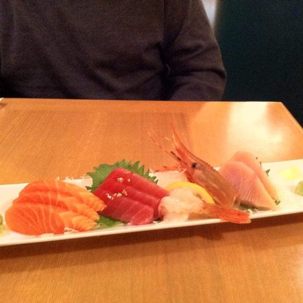 Sashimi @ Aoyama Sushi Restaurant