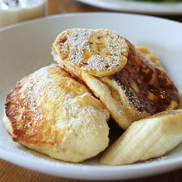Ricotta Hotcakes with Fresh Banana and Honeycomb Butter @ Bills Surry Hills
