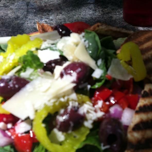 garden salad @ Ashkers