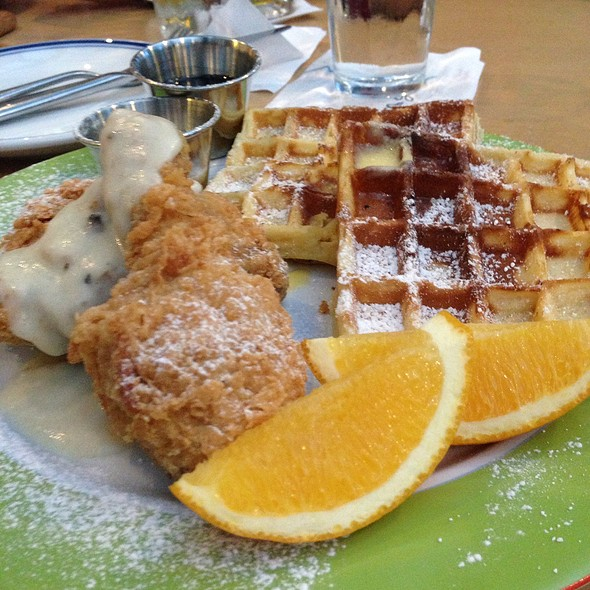 Chicken & Waffles