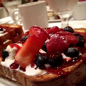 Stuffed French Toast With Strawberries