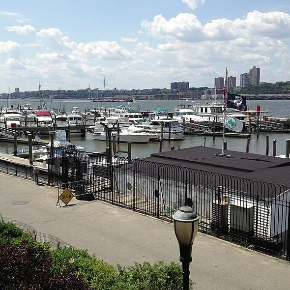 A beautiful day on the . @everydayhealth @ Boat Basin Café