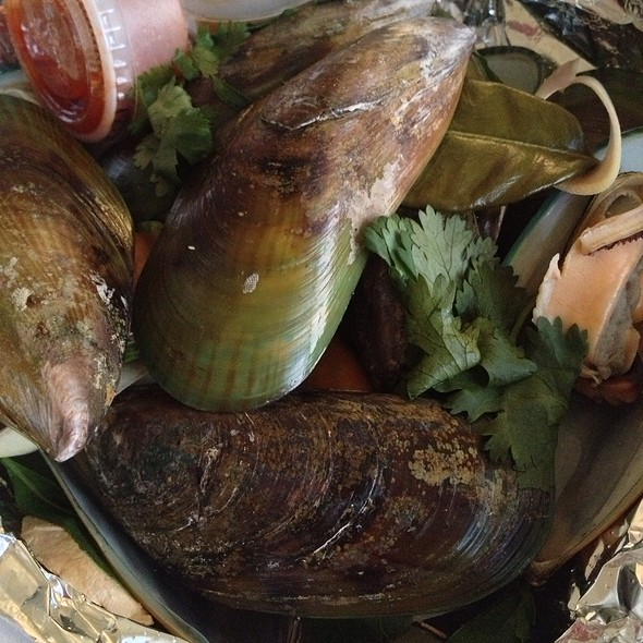 Lemongrass Mussels @ Sib Song Thai Restaurant