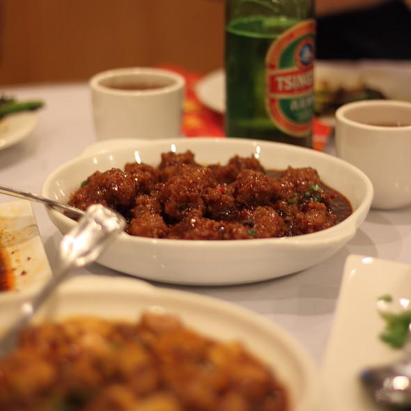 Pork Meatballs with Garlic Sauce @ Little Pepper