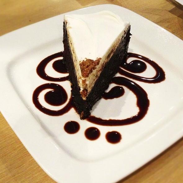 Chocnut Valrhona Cake
