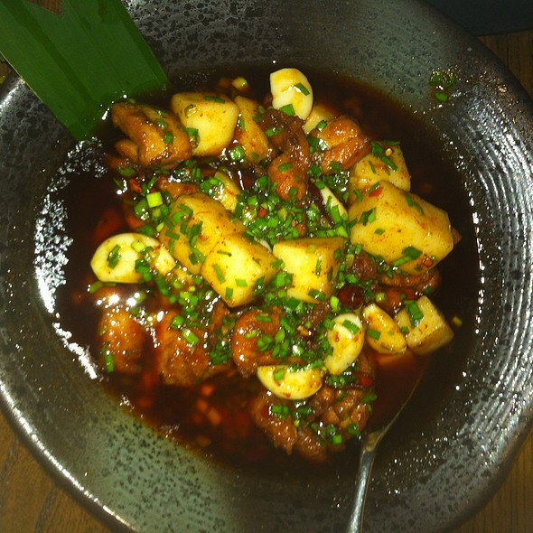 Luoping Rice Cakes and Stir-fried Chicken @ 雲上云   Beyond The Clouds