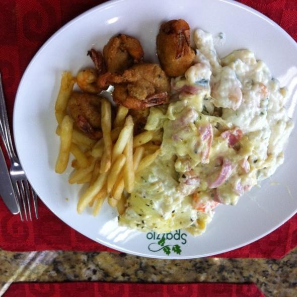 Camarão: Empanado, na Lasanha e no molho do Gnocchi. Almoço Saldável. @ Spazzio Verdi (Supercenter Nazaré)