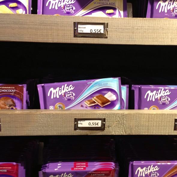 Milka Chocolate @ Milka Welt