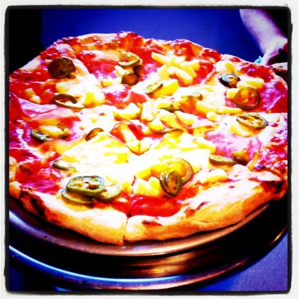Hot Hawaiian Pizza @ Iriana's Pizza