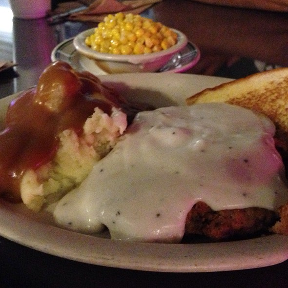 Chicken Fried Steak @ Ross' Old Austin Cafe
