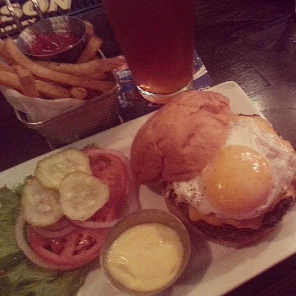 Breakfast of Champions @ Five Star Burgers