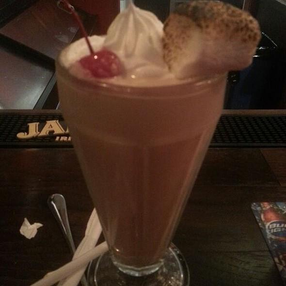Salted Caramel Milkshake @ Five Star Burgers