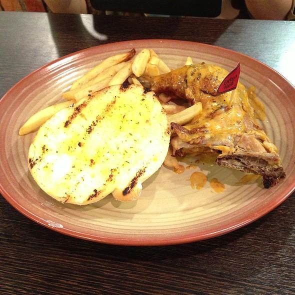 Quarter Chicken, Garlic Bread And Chips @ Nando's