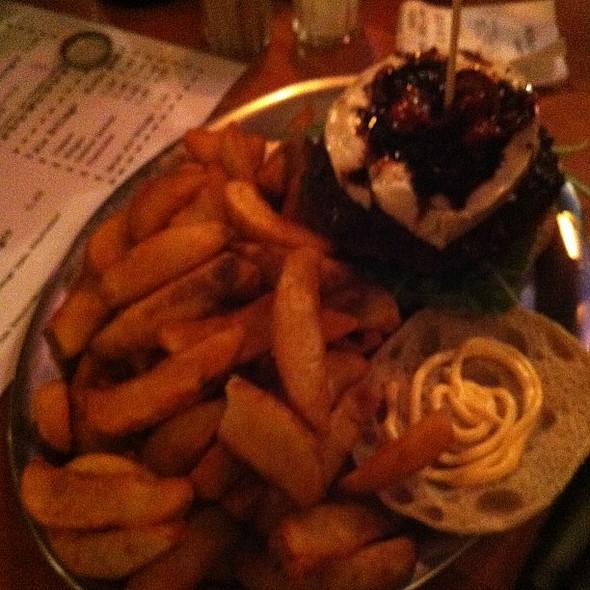 Goatcheese Burger @ Rundstück Warm