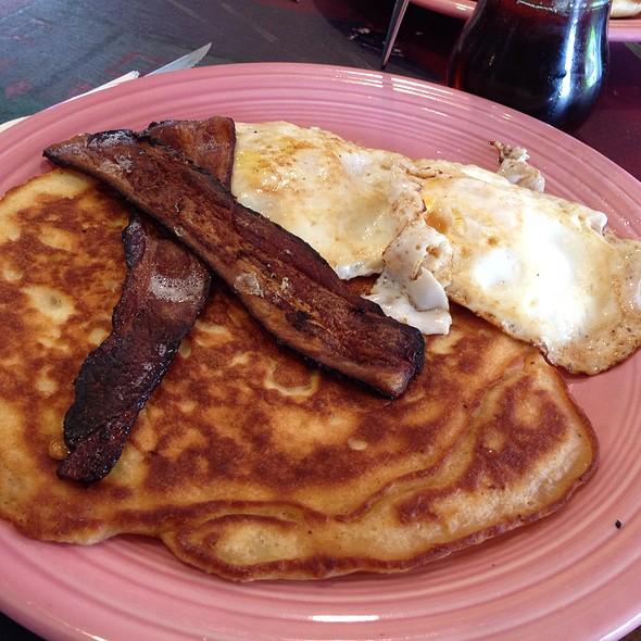 Pancake Breakfast Special @ Pacha