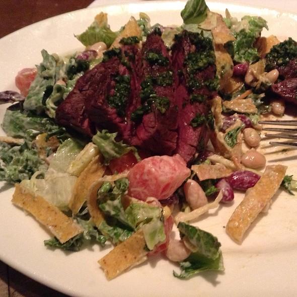 Grilled Steak Salad - Table 24, Rutland, VT
