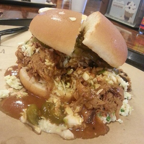 Messy Pig @ 4 Rivers Smokehouse