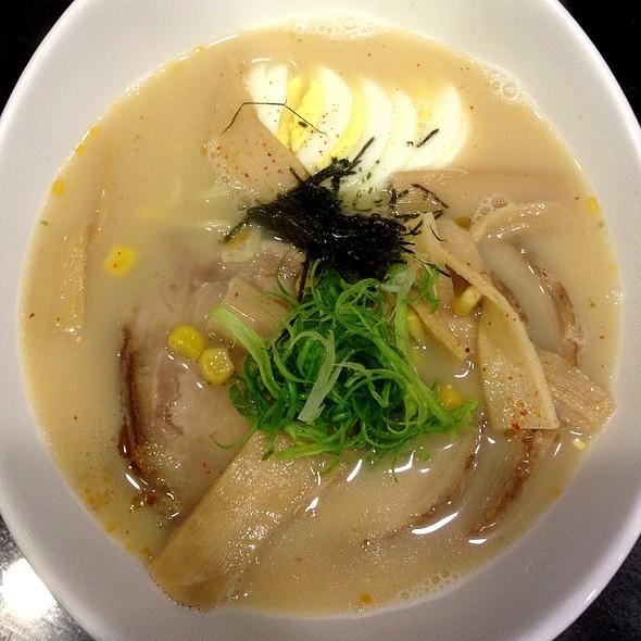 Pork Ramen @ Jinju Sushi