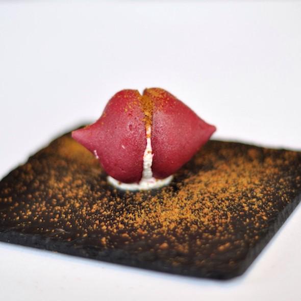 Beetroot Meringues with Foie Gras