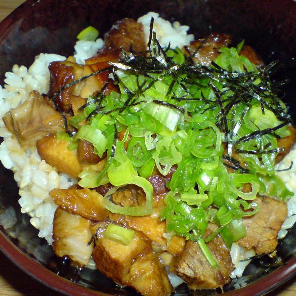 Stewed Pork donburi @ Dohatsuten